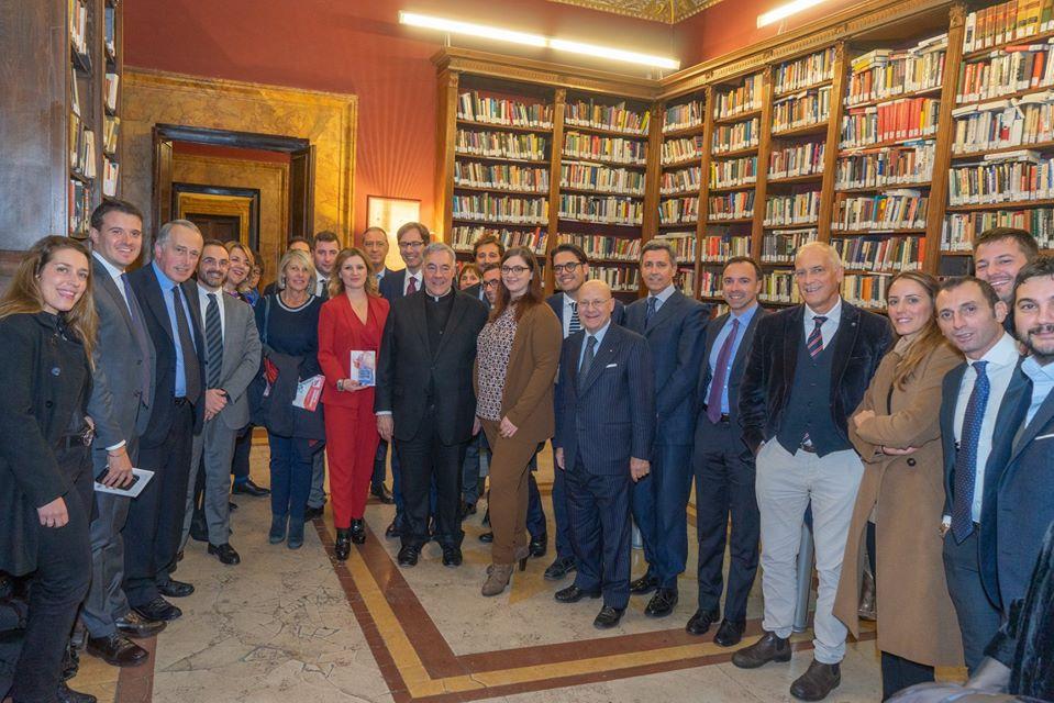 """Il Gruppo Giovani Lazio incontra Robert Sirico """"""""per capire l'economia bisogna capire la persona umana"""""""